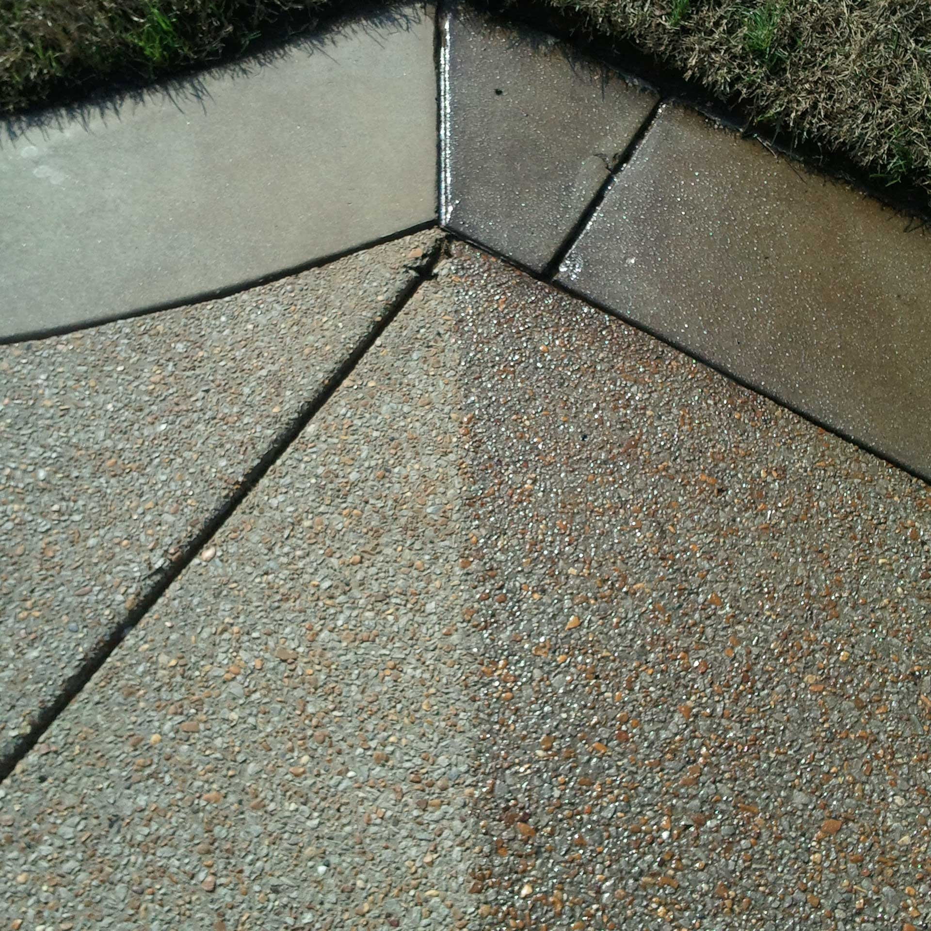 concrete maintenance and resealing. hot washing, pressure washing, high-gloss sealing
